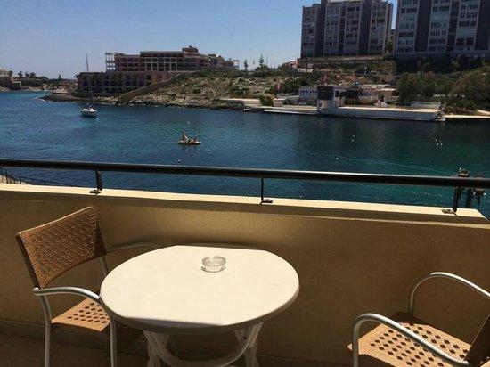 Marina Hotel Corinthia Beach Resort: Balcony - sea view room