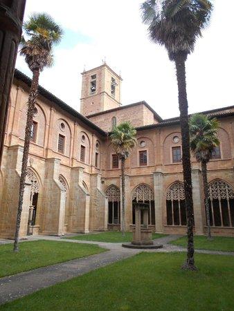Monasterio de Santa Maria La Real : Patio