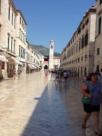 Dubrovnik Walks: La plaza