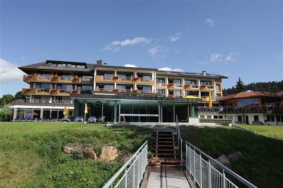Seehotel Wiesler: Blick von der Seeseite