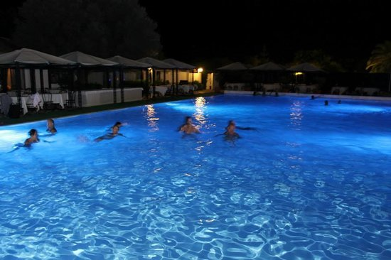 Residence Fontane Bianche : bagno di notte