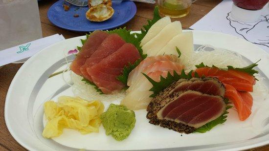 Seaside Johnnie's: sashimi