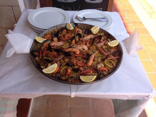 Mr. Bep's: Paella de marisco . Buenísima !!!