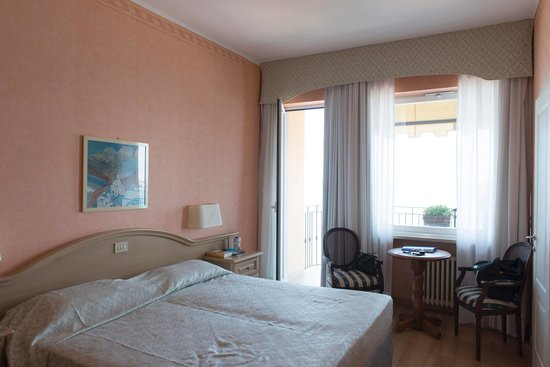 Palace Hotel : Zimmer