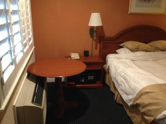 Super 8 Monterey / Carmel: Room