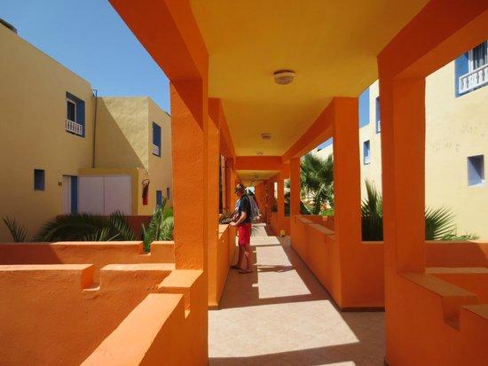 Caribbean World Borj Cedria : couloir menant aux chambres