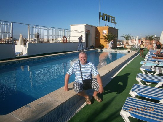 Hotel Merce: Бассейн на крыше отеля