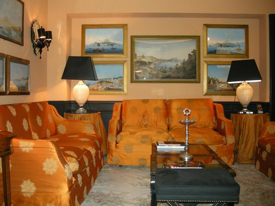 Hotel d'Inghilterra: One of the hotel lounges