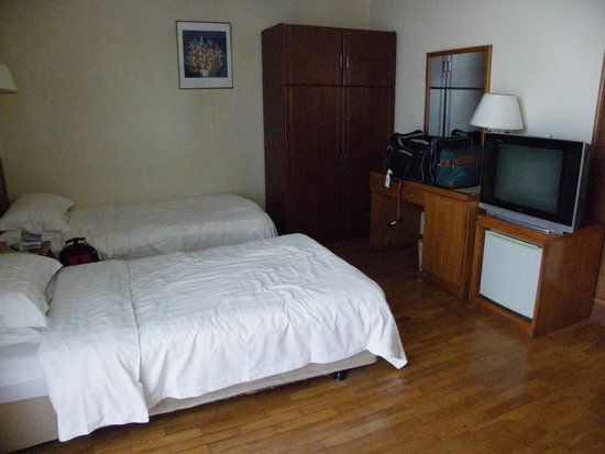 Gloria Holiday Villas Qinhuangdao: Bedroom