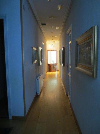 Hostal Luz: couloir menant aux chambres