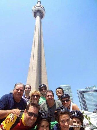 Toronto Bicycle Tours : group pic