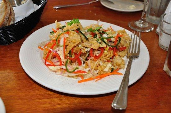 Cru Cafe : Fried Calamari Plate
