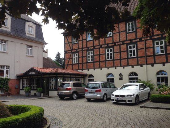 Romantik Hotel Am Brühl: Hoteleingang