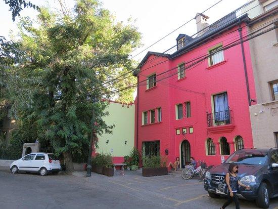 Aji Hostel: nice building