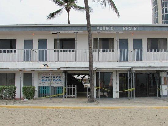 Travelodge Monaco N Miami and Sunny Isles Beach: Hotel quase caindo