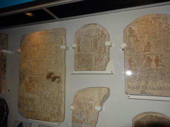Museo Nacional de Escocia: Inscription's from the Egyptian display