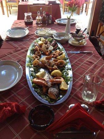 Sunset Taverna: seafood Platter for 2