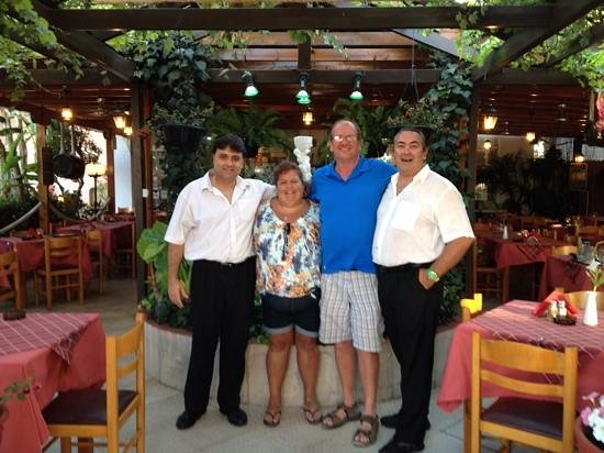 Sunset Taverna: your canadian friends