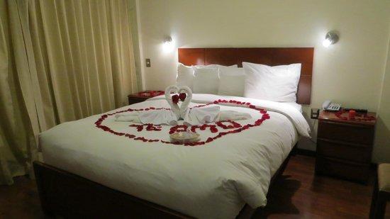 Hotel Golden Inca: Decoración romántica