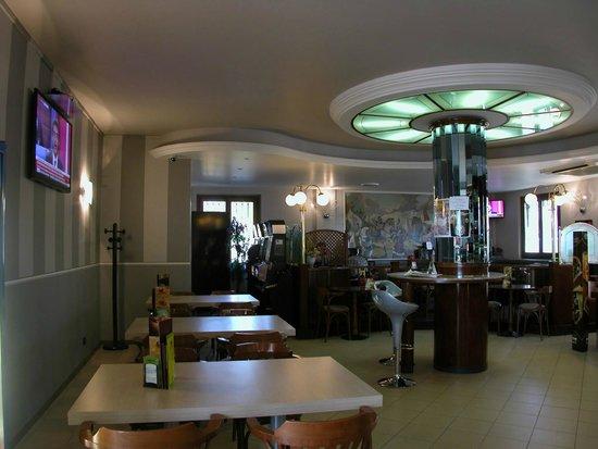 La Piazzetta: maxischermo e restiling....