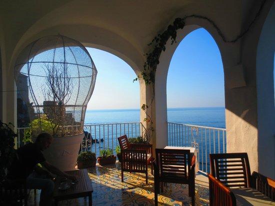 Hotel Marina Riviera: Lobby terrace