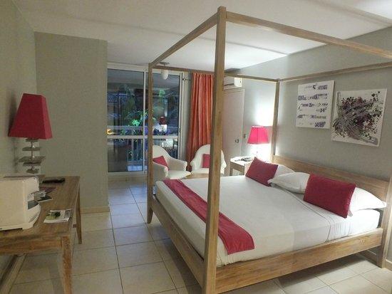 Hôtel La Pagerie : chambre 406