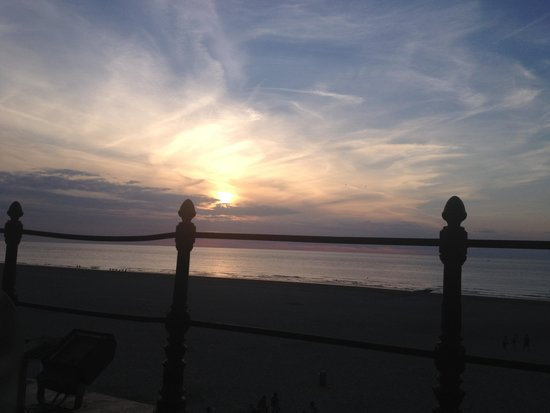 Thermae Palace Hotel: coucher de soleil, depuis la terrasse de la 119 !