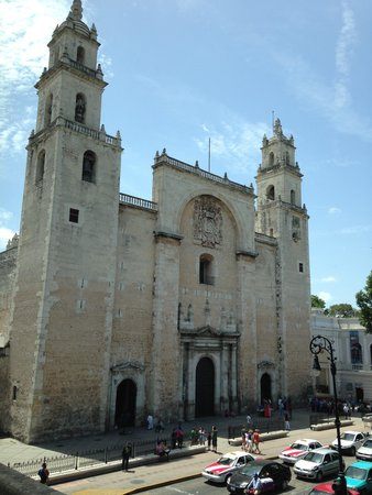Merida Cathedral: Picture taken from the Governor's Palace