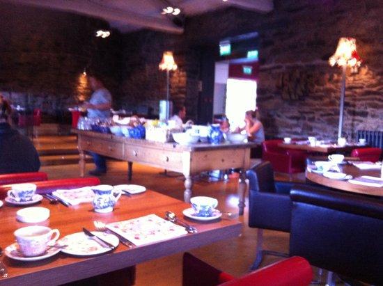 Swan Hotel & Spa: Breakfast room