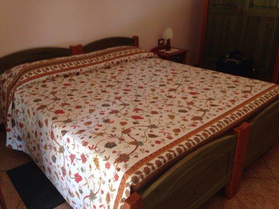 Farm House Altana del Motto Rosso : Chambre avec vue sur le jaccuzi