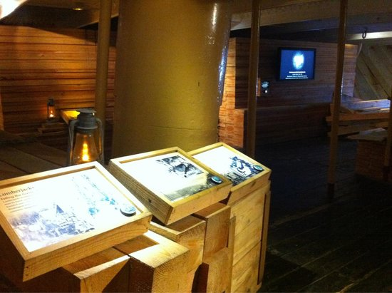 San Francisco Maritime National Historical Park: Dans les câles du Balclutah : explications illustrées et films