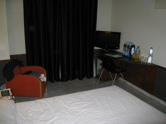 Onix Fira Hotel: room