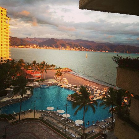 Casa Magna Marriott Puerto Vallarta Resort & Spa: GORGEOUS VIEW FROM ROOM