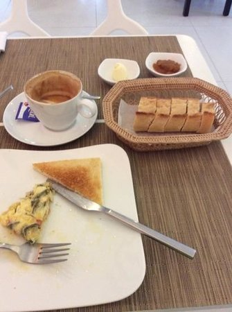 Le Cafe: パンが美味しい