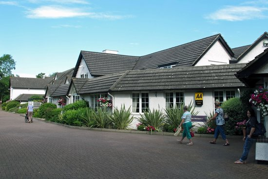 Basingstoke Country Hotel & Spa: Hotel front