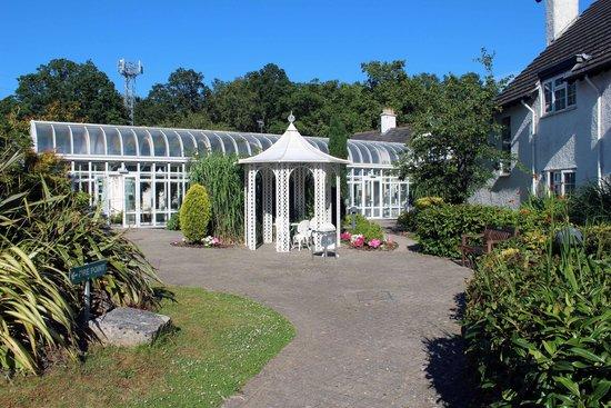 Basingstoke Country Hotel & Spa: Hotel garden