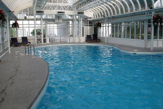 Basingstoke Country Hotel & Spa: Hotel pool
