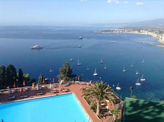 Hotel Villa Diodoro: Ausblick von der Hotelterrasse über die Bucht