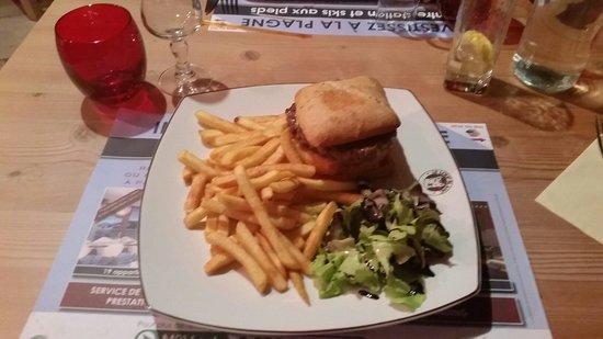 Le Loup Blanc : Hamburger savoyard le 05 août 2014