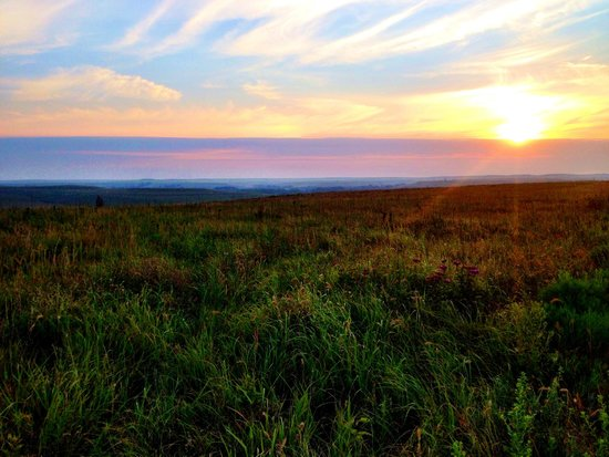 The 10 Closest Hotels To Tallgrass Prairie National Preserve