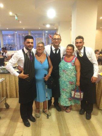 Hotel Clipper : I fantastici camerieri e Metrè