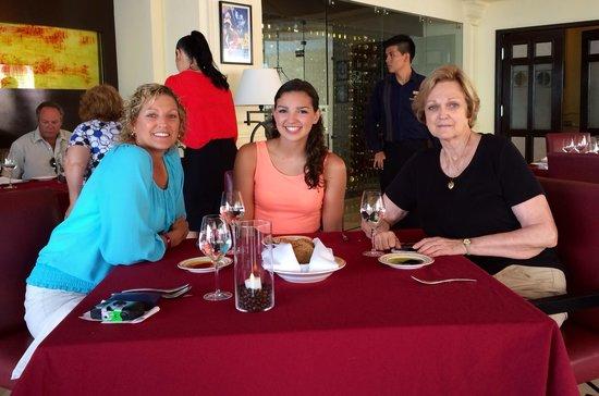 Pueblo Bonito Rose: Dinner at the Rose