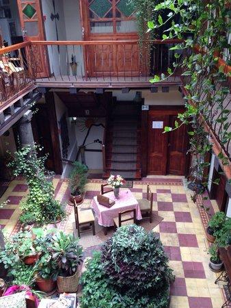 Hotel Boutique Portal de Cantuna: Patio
