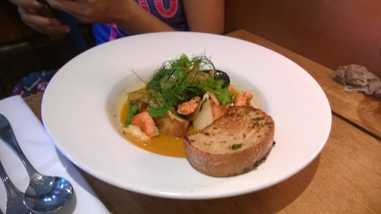 The Beachhouse: Cioppino