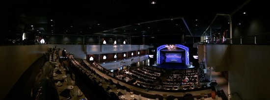 Showboat Branson Belle: Another main hall