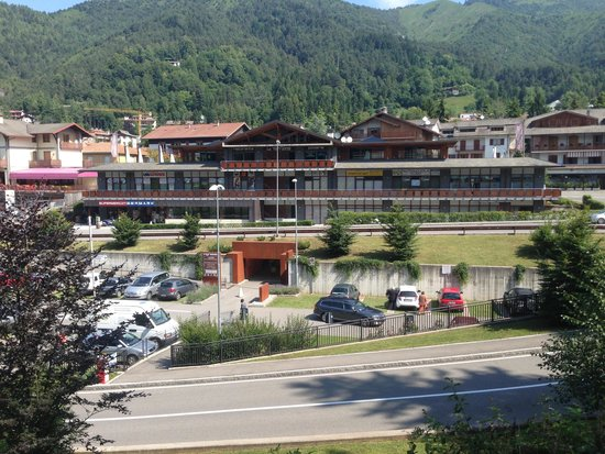 Ristorante panoramico - Foto di Le Terrazze, Clusone - TripAdvisor