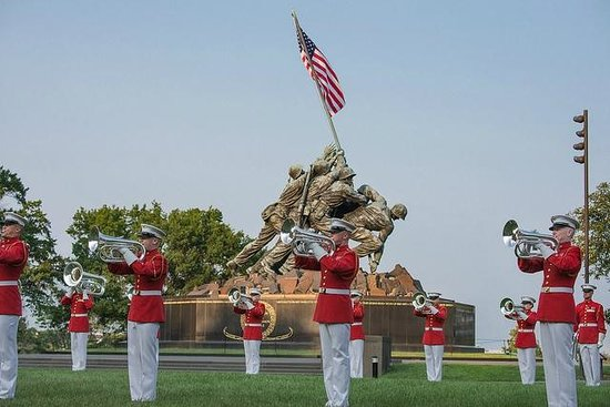 U.S. Marines Sunset Parade: US Marine Drum and Bugle Corps
