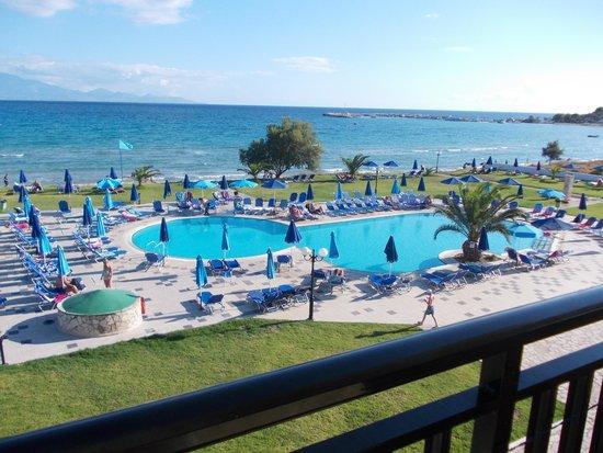 Alykanas Village Hotel: Quiet pool
