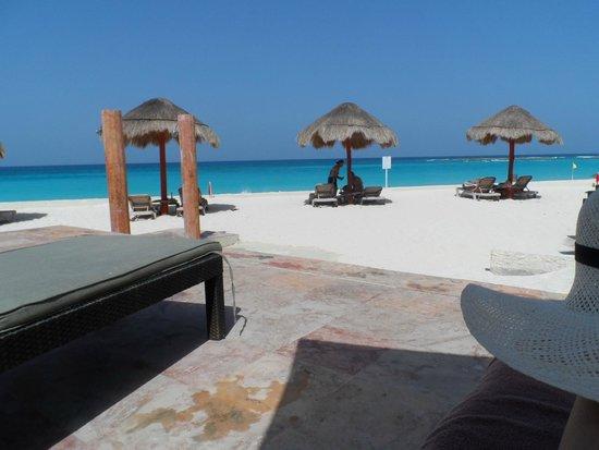 The Westin Resort & Spa Cancun: Área das piscinas e praia