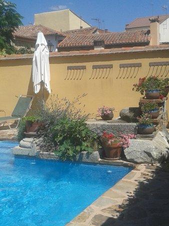 Rincon de Traspalacio: Detalle de la piscina